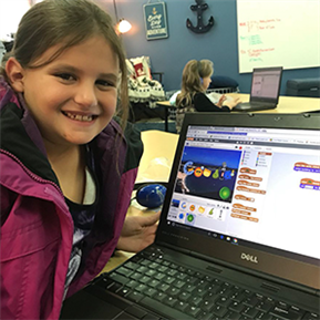 SHE Students Participate in Hour of Code