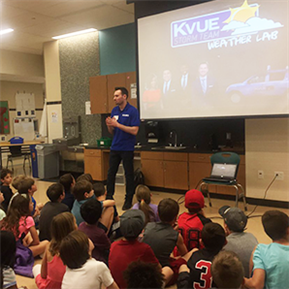 KVUE meteorologist visits WCHE